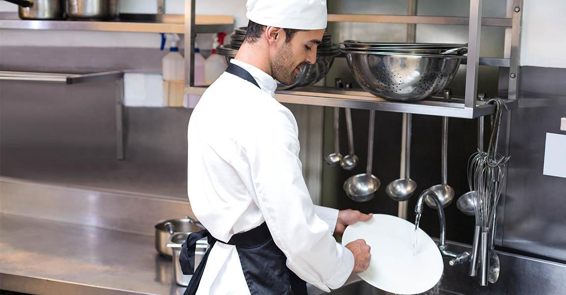 zona-lavado-cocina-industrial-grifos