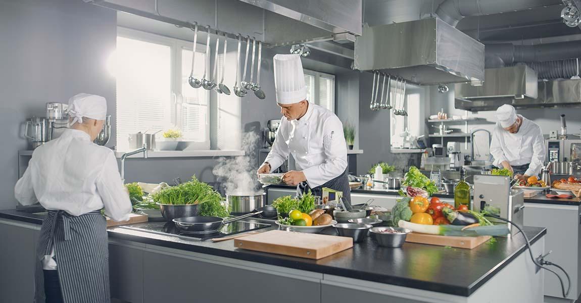 muebles-acero-inoxidable-cocina-industrial-hosteleria