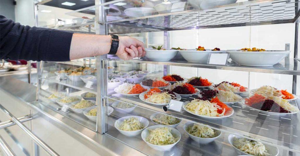 vitrina-refrigerada-equipamiento-cocina-industrial-mobiliario